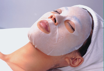 What do you mean by a Facial Mask?